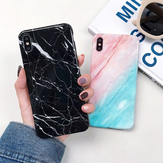 Husa spate Marble Case iPhone X Roz
